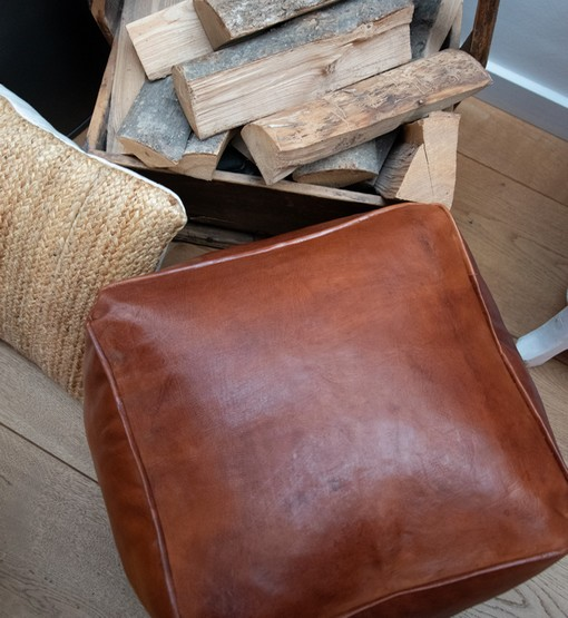 square honey brown pouf chair