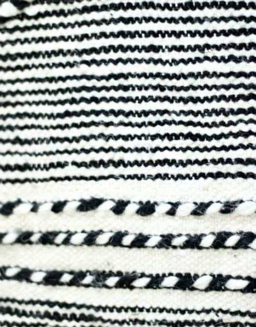 detail zanafi kilim pouf